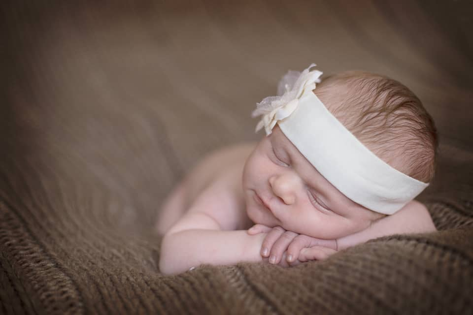 Ribbons & Bows – A Newborn Session