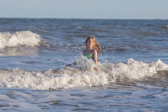 4 Easy Tips to Take Beautiful Pictures at the Beach