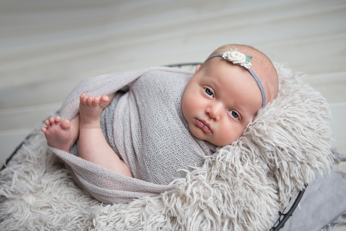 What Is the Best Age for Newborn Portraits? 3