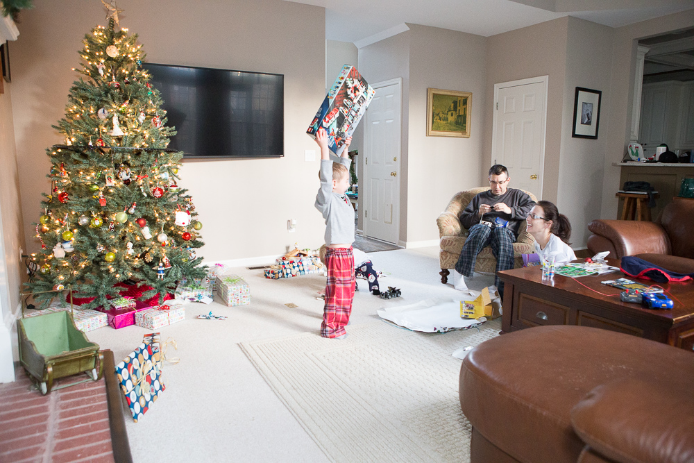5 Steps to Picture-Perfect Christmas Morning Photos 1