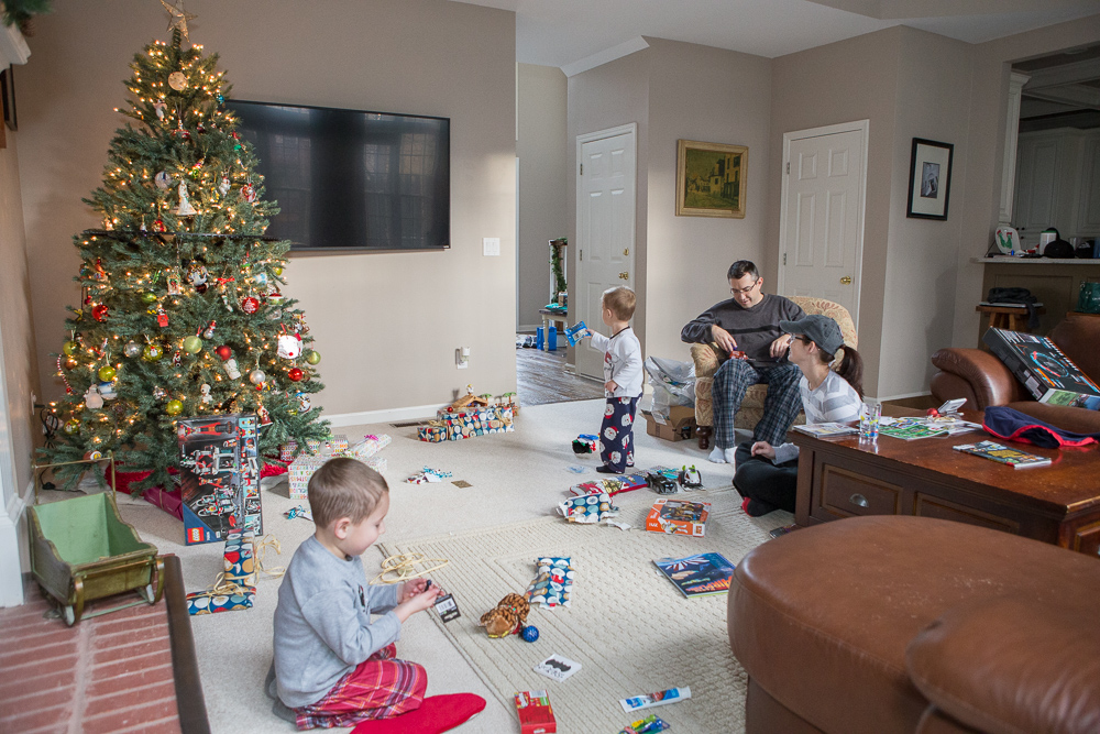 5 Steps to Picture-Perfect Christmas Morning Photos 4